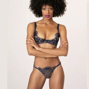AP Mimosa Peach and Navy bra and brief 34D and AP2